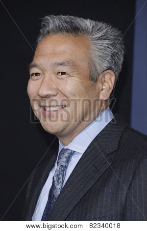 LOS ANGELES - FEB 2: Kevin Tsujihara at the 'Jupiter Ascending' Los Angeles Premiere at TCL Chinese Theater on February 2, 2015 in Hollywood, Los Angeles, California