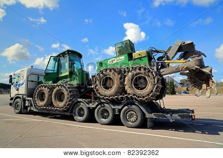 John Deere Forestry Harvester With Double Disk Forest Plough