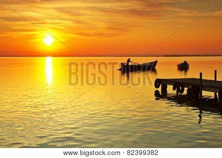 when the sun goes boatmen rest