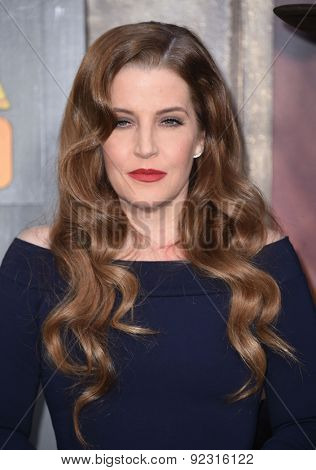 LOS ANGELES - MAY 07:  Lisa Marie Presley arrives to the