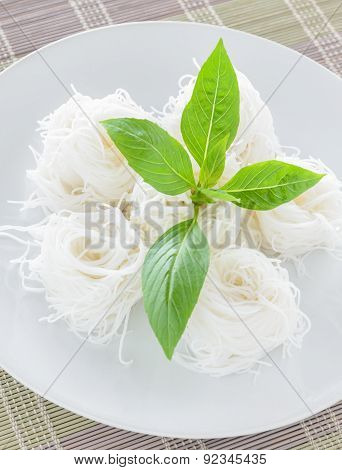 Rice Noodle With Basil