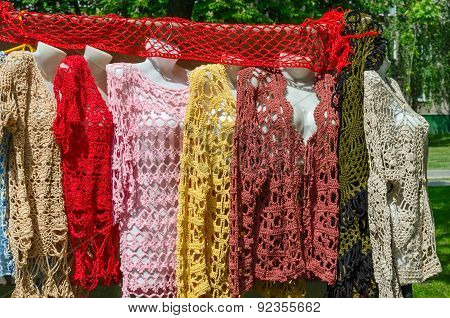 Exhibition And Sale Of Crocheted Women's Clothing