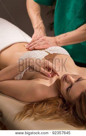 Therapeutic Abdomen Massage