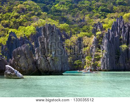 Traditional filippino boat at El Nido bay. Palawan island, Philippines
