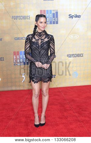 LOS ANGELES - JUN 4:  Olivia Munn at the 10th Annual Guys Choice Awards at the Sony Pictures Studios on June 4, 2016 in Culver City, CA