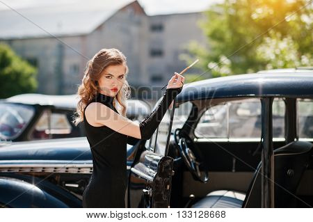 Portrait Of Beautiful Sexy Fashion Girl Model With Bright Makeup In Retro Style Near Vintage Car Wit