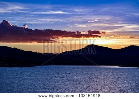Lake Jindabyne foreshore sunset in Australia's alpine region during autumn (fall)