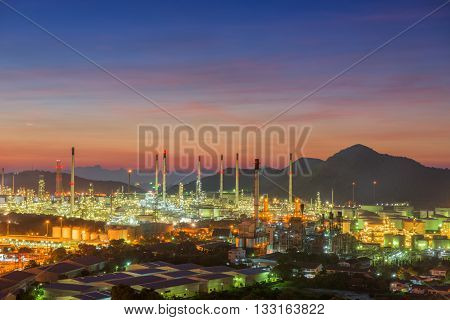 Twilight of oil refinery plant Oil refinery with twilight skies Luminosity of oil refinery plant Landscape of oil refinery plant.