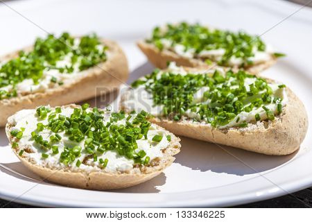 garlic spread with chive