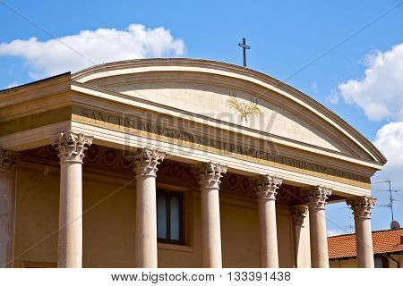 In Italy    Olona Varese  The Old Wall  Church And Column