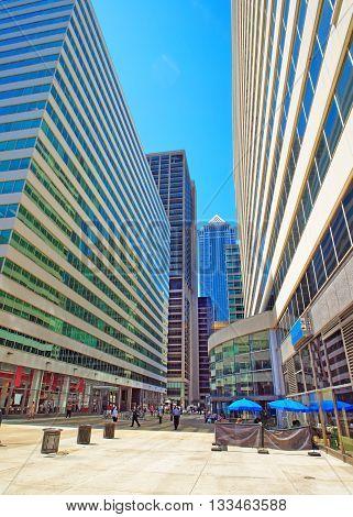 Square In Penn Center And Skyline In Philadelphia Pa