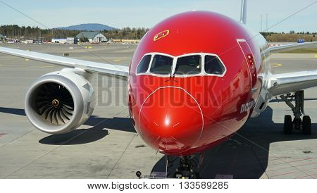 Boeing 787-8 Dreamliner, Norwegian Airlines - Oslo Gardermoen international airport. May 4. 2016