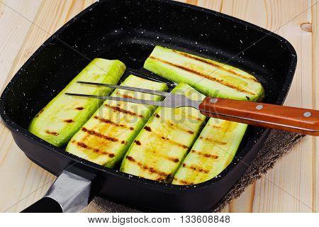 dietary food: Courgettes Zucchini Grill Studio Photo