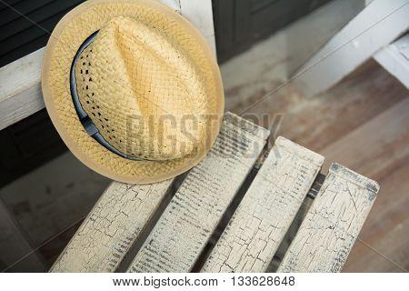 Male Yellow Straw Hat Lies