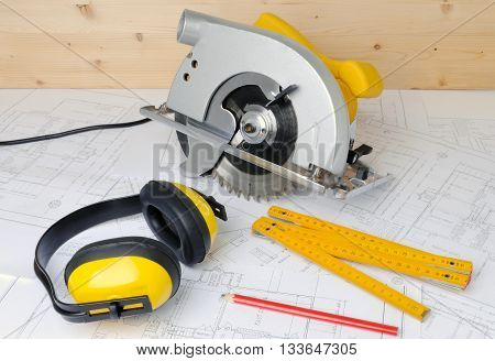 Carpenter equipment, tools and the construction plans