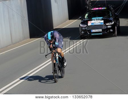 APELDOORN, NETHERLANDS-MAY 6 2016: Elia Viviani of pro cycling team Sky during the Giro d'Italia prologue time trial.