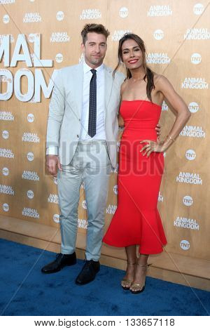 LOS ANGELES - JUN 8:  Scott Speedman, Daniella Alonso at the Animal Kingdom Premiere Screening at the The Rose Room on June 8, 2016 in Venice Beach, CA