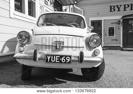 Old Fiat 600, Italian City Car, Front View