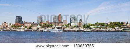 Panoramic view of Hamburg-Sankt Pauli with its piers