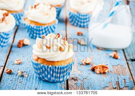 homemade carrot cupcakes with cream cheese frosting