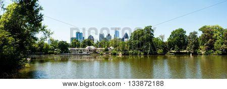 Lake Clara Meer In Piedmont Park Atlanta