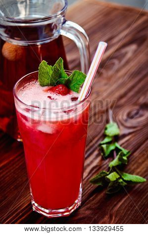Fresh Cold Strawberry Tea With Ice And Mint