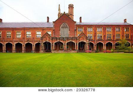 Queen's University Of Belfast