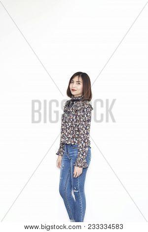 Attractive Asian Women Short Hair