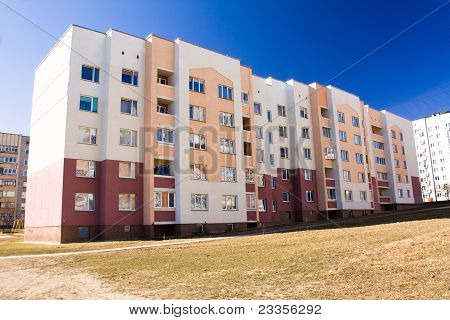 Many-storeyed apartment house