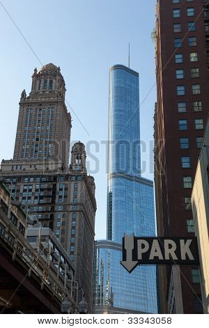 Trump Hotel Towers Over Downtown Chicago