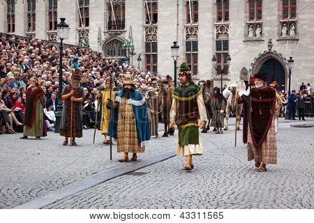 BRUGES, BELGIUM - MAY 17: Annual Procession of the Holy Blood on Ascension Day. Locals perform an historical reenactment and dramatizations of Biblical events. May 17, 2012 in Bruges (Brugge), Belgium