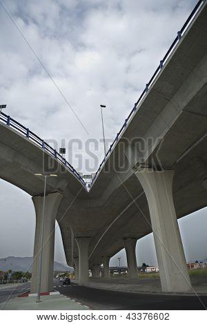 Concrete brige bifurcation