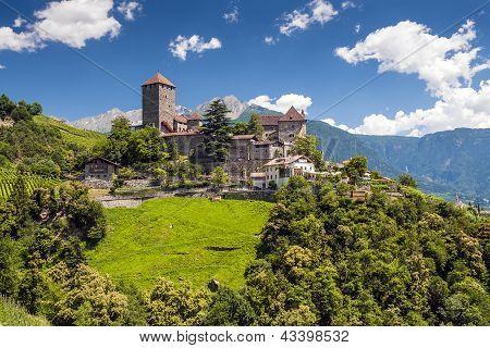 Tirol Castle