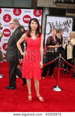 LOS ANGELES - APR 10:  Illeana Douglas at the