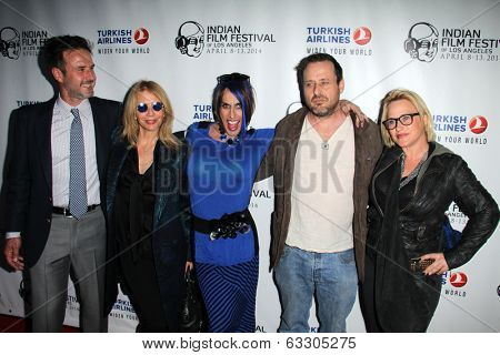LOS ANGELES - APR 8:  David ,Rosanna, Alexis, Richmond, and Patricia Arquette at the Indian Film Festival Premiere of
