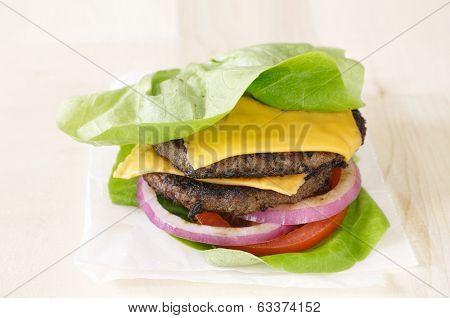 burger lettuce wrap close up