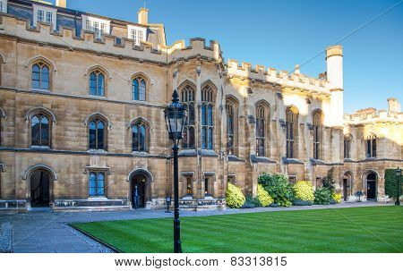CAMBRIDGE, UK - JANUARY 18, 2015: Pembroke college, university of Cambridge. The inner courtyard wit