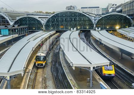 Train leaves Paddington railway station in London