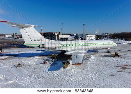 NIZHNY NOVGOROD. RUSSIA. FEBRUARY 17, 2015. Russian plane Tu-134B-3
