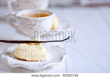 Mini Cotton Cheesecakes Background