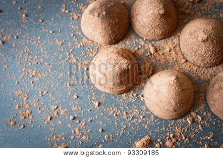 Chocolate Truffles With Cocoa Sweet Temptation