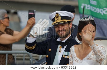 The Swedish Prince Carl-philip Bernadotte And His Wife Waving
