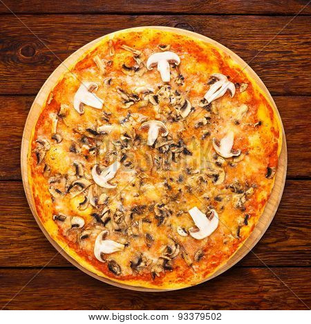 Delicious Pizza With Mushrooms And Smoked Chicken