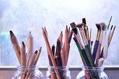 foto of bristle brush  - Paintingdrawing and sketching tools - JPG