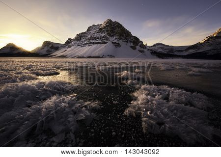 Sunrise on Bow Lake in the Canadian rockies