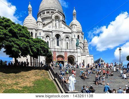 PARIS, FRANCE-JULE 28, 2016: Paris - Sacre Coeur on the hill of Montmartre
