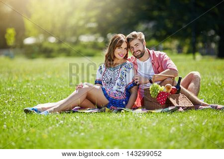 Date On The Picnic