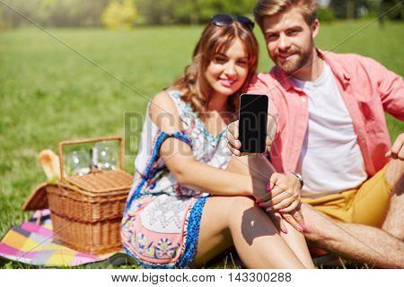 Best Smartphone For Outdoor Relax