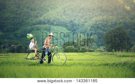 Biker family father and son, Countryside of Thailand