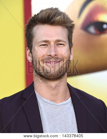 LOS ANGELES - AUG 09:  Glen Powell arrives to the